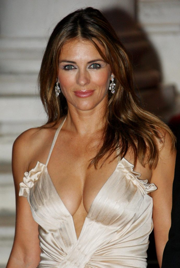 Elizabeth Hurley, profile, bio, hot, photos, pictures, photos, images, hot photo, hot pictures, hot pic, hot images, hot celebrity, personal life, facebook, twitter, wiki, actoress, female, hollywood, husband, boyfriend