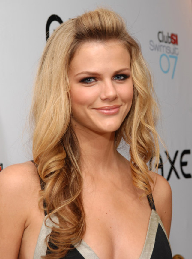 bio, biography, hollywood, boyfriend, husband, celebrity, facebook, fashion, female, Actress, gallery, images, hot photos, hot pics, hot pictures, images, american, model, news, photos, pic, pictures, profile, Brooklyn Decker, producer, twitter, wallpapers, wiki