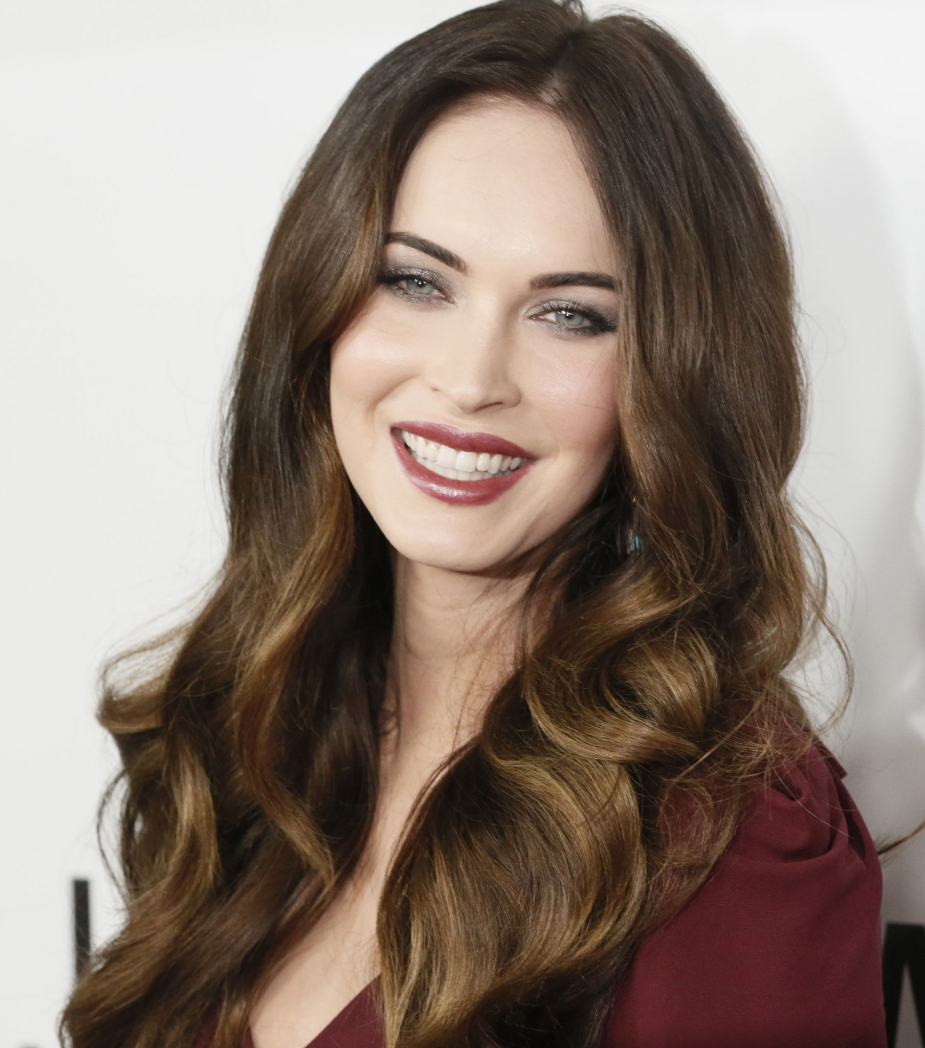 bio, biography, hollywood, boyfriend, husband, celebrity, facebook, fashion, female, Actress, gallery, images, hot photos, hot pics, hot pictures, images, america, model, news, photos, pic, pictures, profile, Megan Fox, twitter, wallpapers, wiki