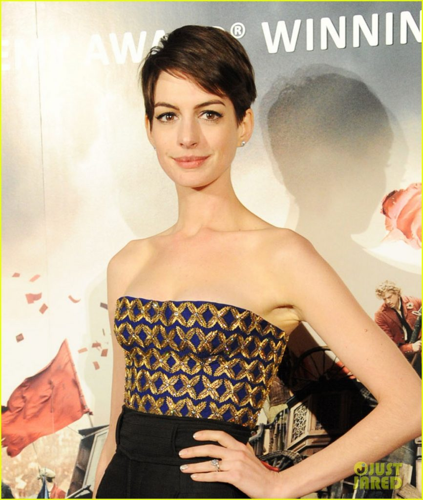 Anne Hathaway Biography: Anne Hathaway Profile And Biography