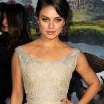 mila-kunis-premiere-oz-the-great-and-powerful-04