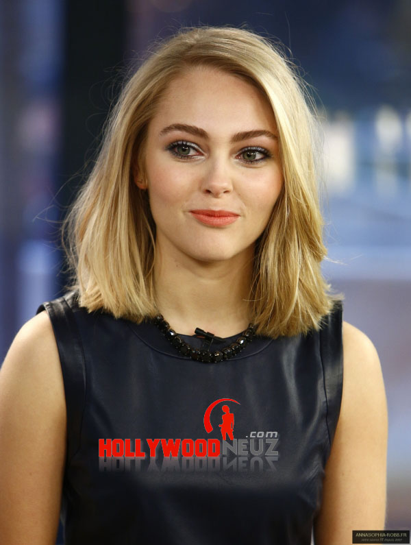 bio, biography, hollywood, boyfriend, husband, celebrity, facebook, fashion, female, Actress, gallery, images, hot photos, hot pics, hot pictures, images, america, model, news, photos, pic, pictures, profile, AnnaSophia Robb, twitter, wallpapers, wiki