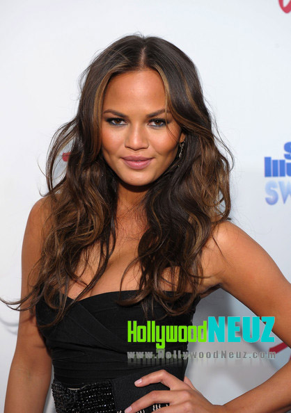 Christine Teigen Profile| Biography| Pictures| News