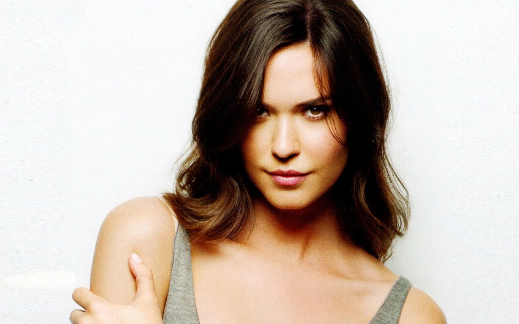 bio, biography, hollywood, boyfriend, husband, celebrity, facebook, fashion, female, Actress, gallery, images, hot photos, hot pics, hot pictures, hot images, america, model, news, photos, pic, pictures, profile, Odette Annable, twitter, wallpapers, wiki