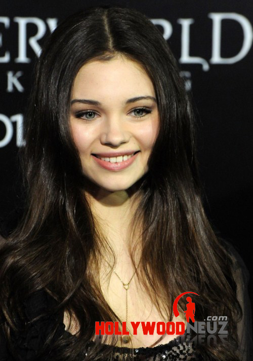 India Eisley Biography| Profile| Pictures| News