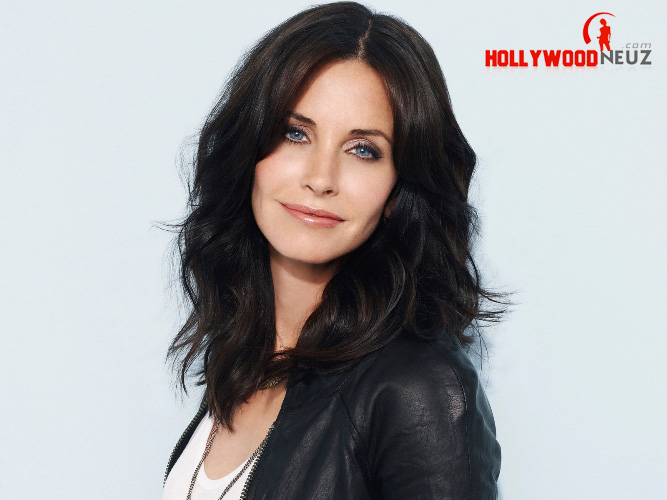 actress, bio, biography, boyfriend, celebrity, female, hollywood, husband, Courteney Cox, model, profile, singer