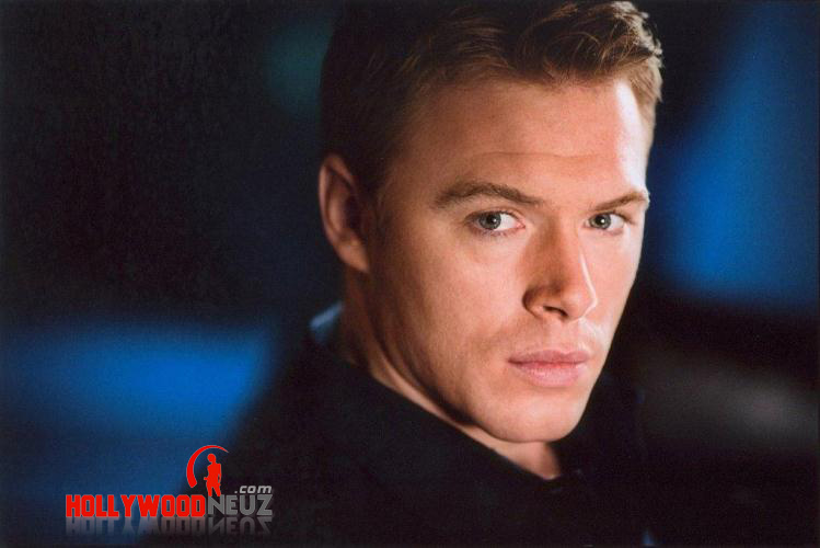 actor, bio, biography, celebrity, girlfriend, hollywood, Diego Klattenhoff, male, profile, wife