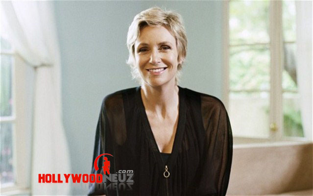 actress, bio, biography, boyfriend, celebrity, Jane Lynch, female, hollywood, husband, model, profile, singer
