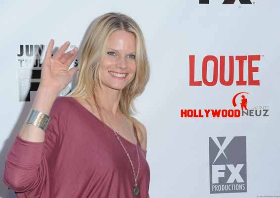 actress, bio, biography, boyfriend, celebrity, female, hollywood, husband, Joelle Carter, model, profile, singer