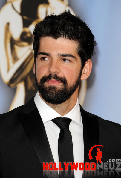 Joshua Gomez Biography Profile Pictures News He is an actor and producer, known for чак (2007), bioshock (2007) and нашествие (2005). joshua gomez biography profile