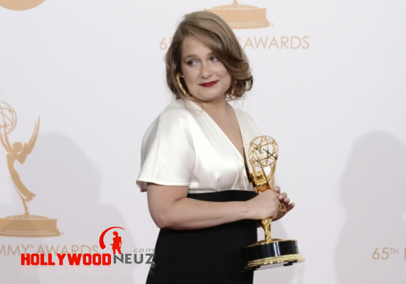 actress, bio, biography, boyfriend, celebrity, female, hollywood, husband, Merritt Wever, model, profile, singer