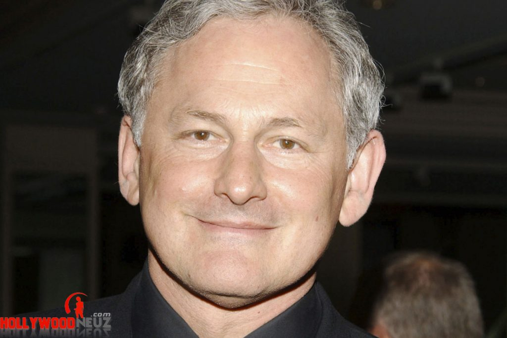 actor, bio, biography, celebrity, girlfriend, hollywood, Victor Garber, male, profile, wife, singer