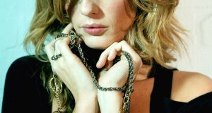 actress, bio, biography, boyfriend, celebrity, female, hollywood, husband, Kelly Reilly, model, profile, singer