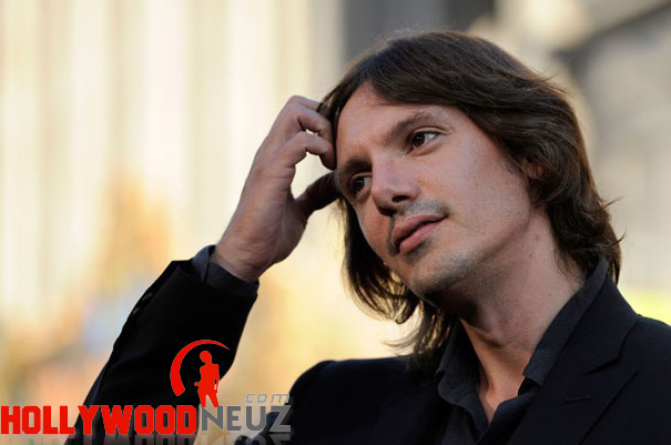 actor, bio, biography, celebrity, girlfriend, hollywood, Lukas Haas, male, profile, wife, singer