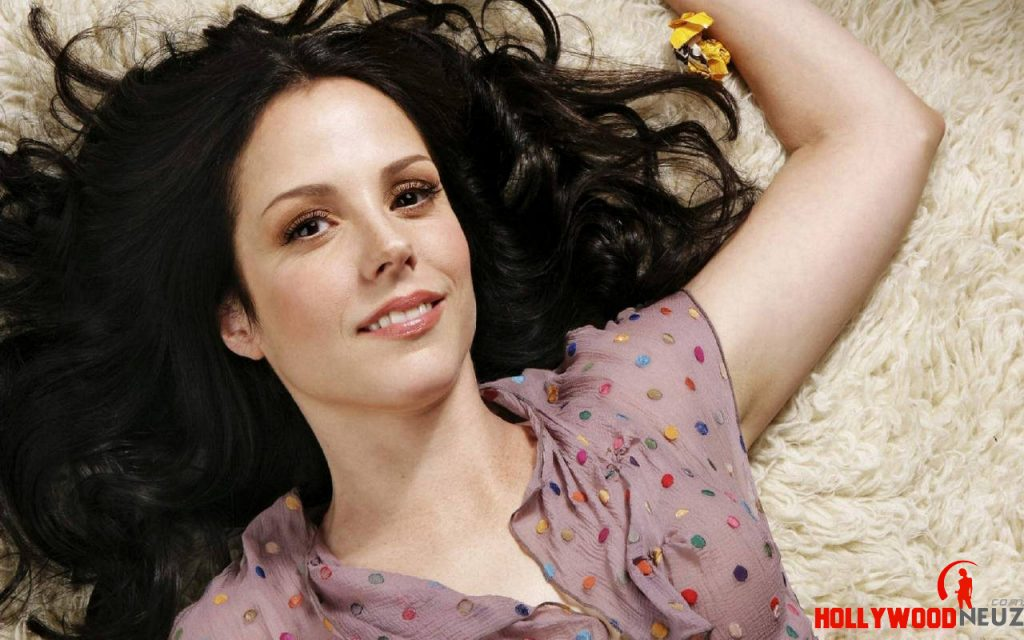actress, bio, biography, boyfriend, celebrity, female, hollywood, husband, Mary-Louise Parker, model, profile
