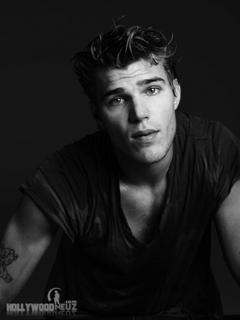 actor, bio, biography, celebrity, girlfriend, hollywood, Chris Zylka, male, profile, wife, singer