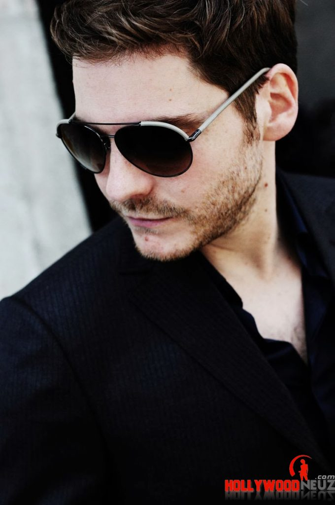 actor, bio, biography, celebrity, girlfriend, hollywood, Daniel Brühl, male, profile, wife