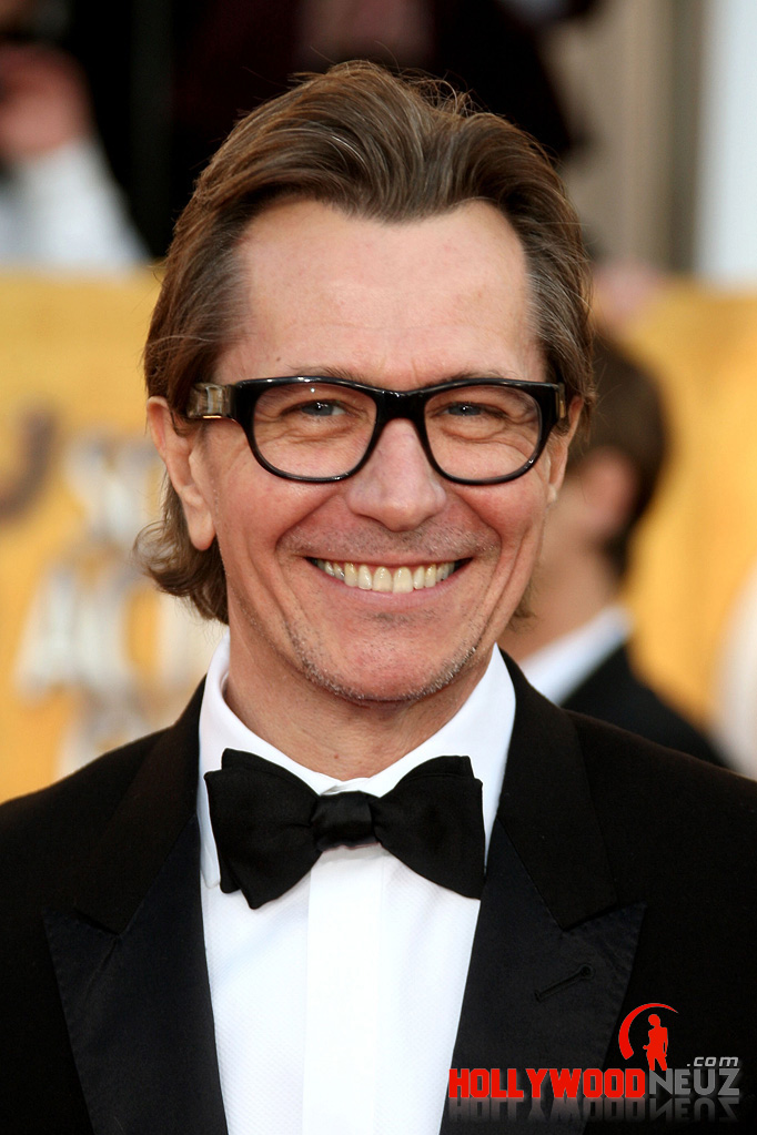 Gary Oldman Biography Profile News