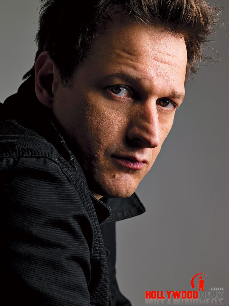 actor, bio, biography, celebrity, girlfriend, hollywood, Josh Charles, male, profile, wife