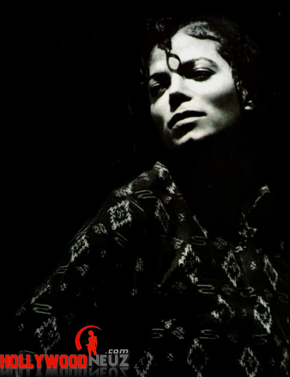 bio, biography, celebrity, girlfriend, hollywood, Michael Jackson, male, profile, wife, singer