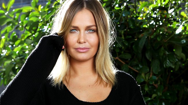 actress, bio, biography, boyfriend, celebrity, female, hollywood, husband, Lara Bingle, profile, model