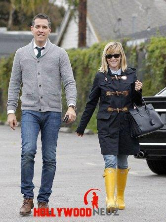 hollywood gossip, hollywood latest news, hollywood news, hollywood news today, Reese Witherspoon, enjoyed, wet weather, husband, Jim Toth
