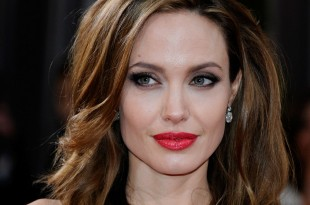 Angelina Jolie Reveals That Her Six Children Speak 7 Languages