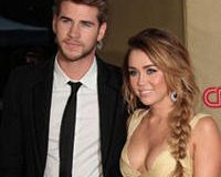 Break Up Reports Are Wrong Miley And Liam Spotted At Dinner Date